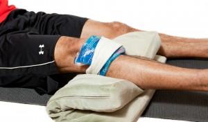 лед при травме колена