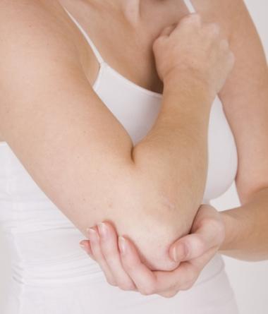 Застудил локоть болит сухожилие массаж при разрыве связок коленного сустава видео