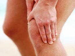 Боли в коленном суставе: причины и мощное лечение