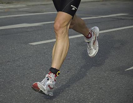 После бега болит коленный сустав thumbnail