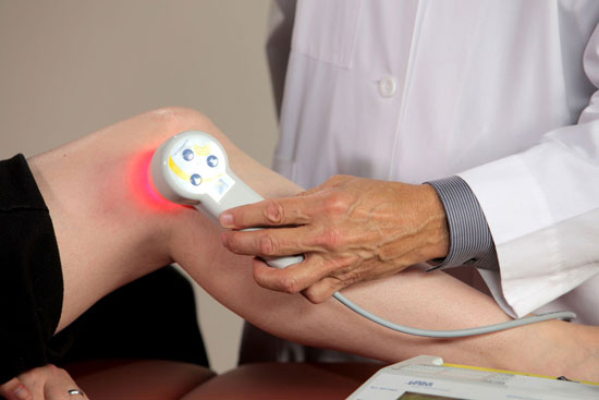 физиотерапия коленного сустава лазером