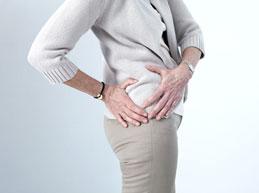 Боль в тазобедренном суставе справа: причины и лечение