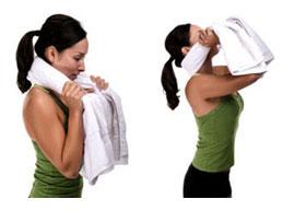 упражнение для шеи с полотенцем